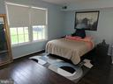 SUNNY MASTER SUITE - 710 QUINCE ORCHARD BLVD #P-1, GAITHERSBURG