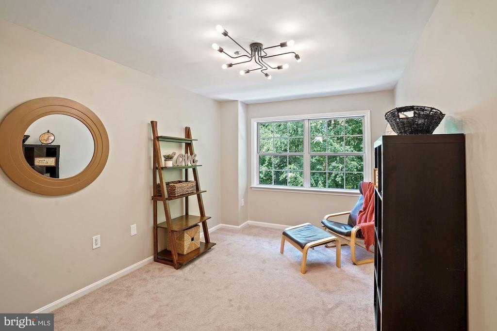 2nd bedroom or office - 11736 ROCKAWAY LN #101, FAIRFAX