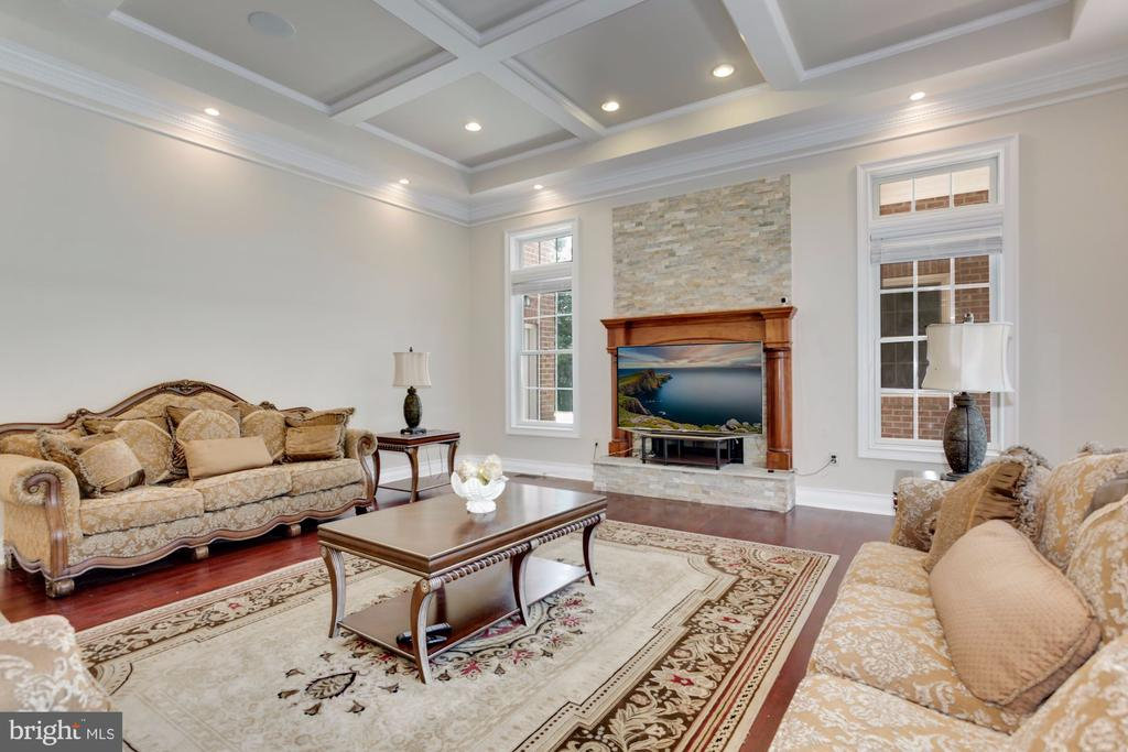 Another Fireplace! - 11400 ALESSI DR, MANASSAS