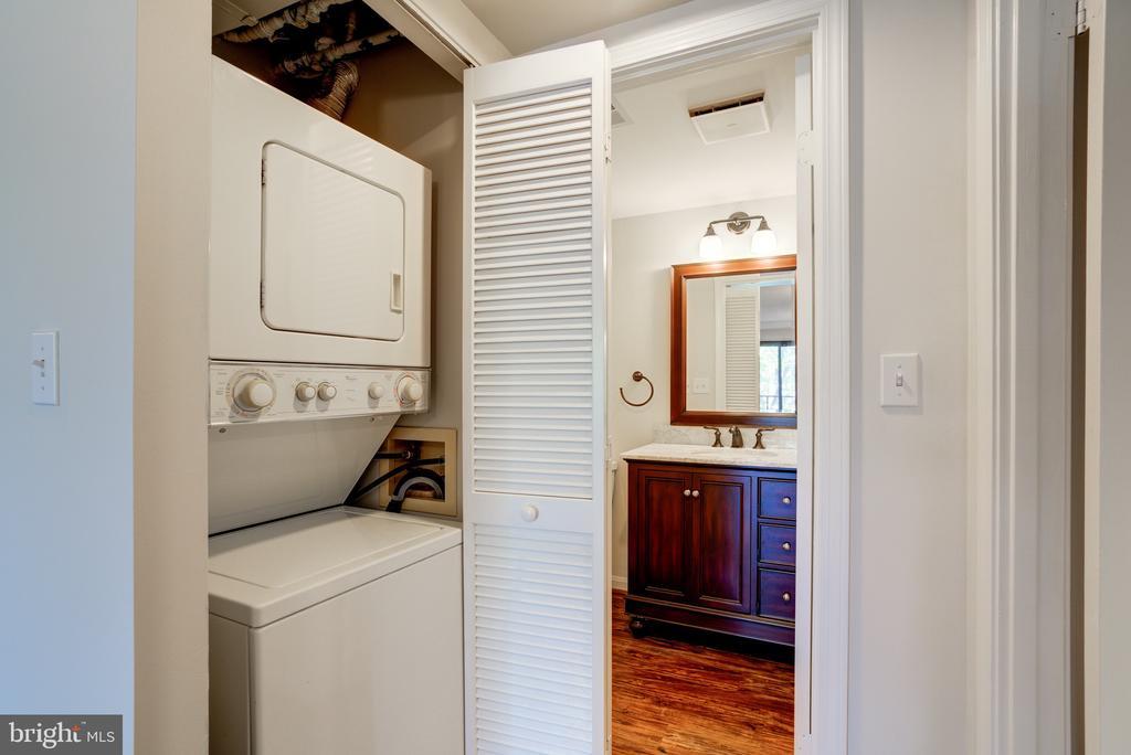 Washer/Dryer - 2400 CLARENDON BLVD #316, ARLINGTON