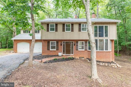 4882 WOOD LILLY CT