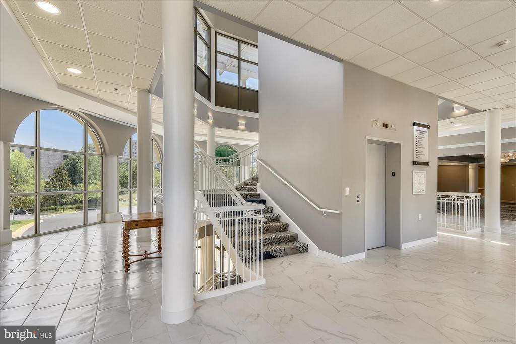 Remodeled lower level of Clubhouse - 19375 CYPRESS RIDGE TER #904, LEESBURG