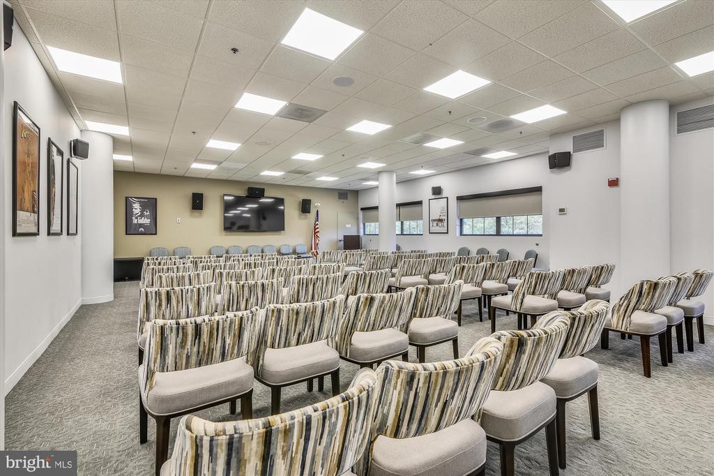 Meeting rooms in Clubhouse - 19375 CYPRESS RIDGE TER #904, LEESBURG