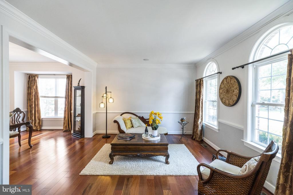 Living Room with Palladian Windows - 23084 PECOS LN, BRAMBLETON