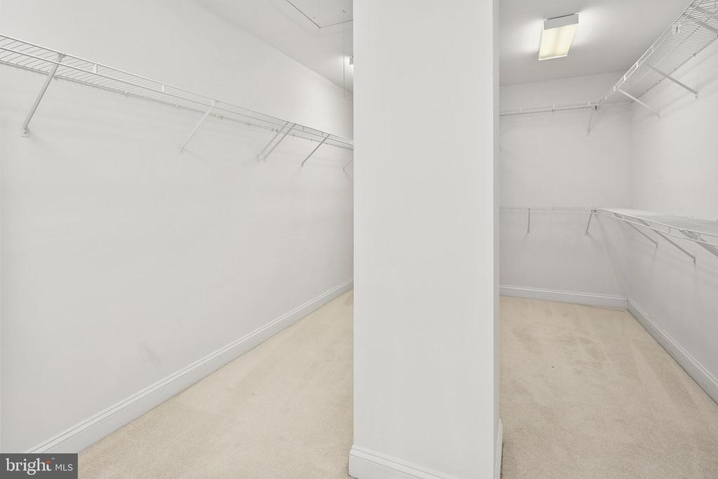 Primary walk-in closet - 2792 MARSHALL LAKE DR, OAKTON