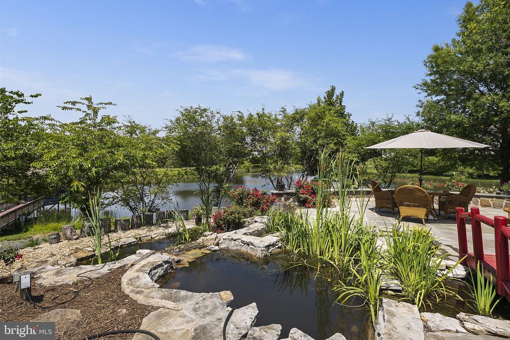 Pond - 2792 MARSHALL LAKE DR, OAKTON