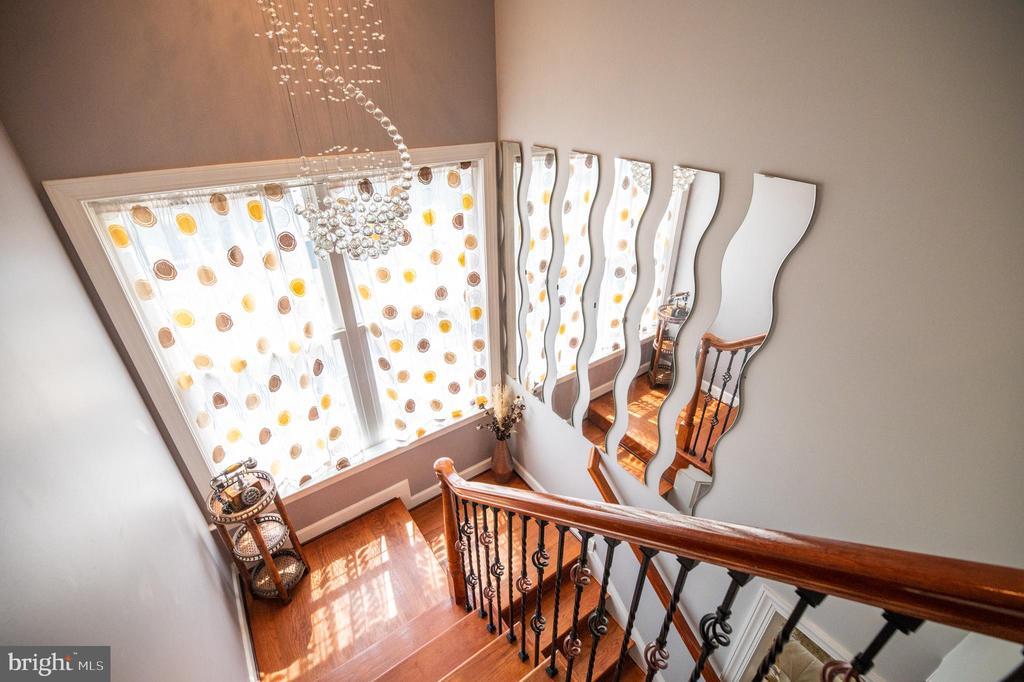 Main to Upper Level Stairway - 23084 PECOS LN, BRAMBLETON