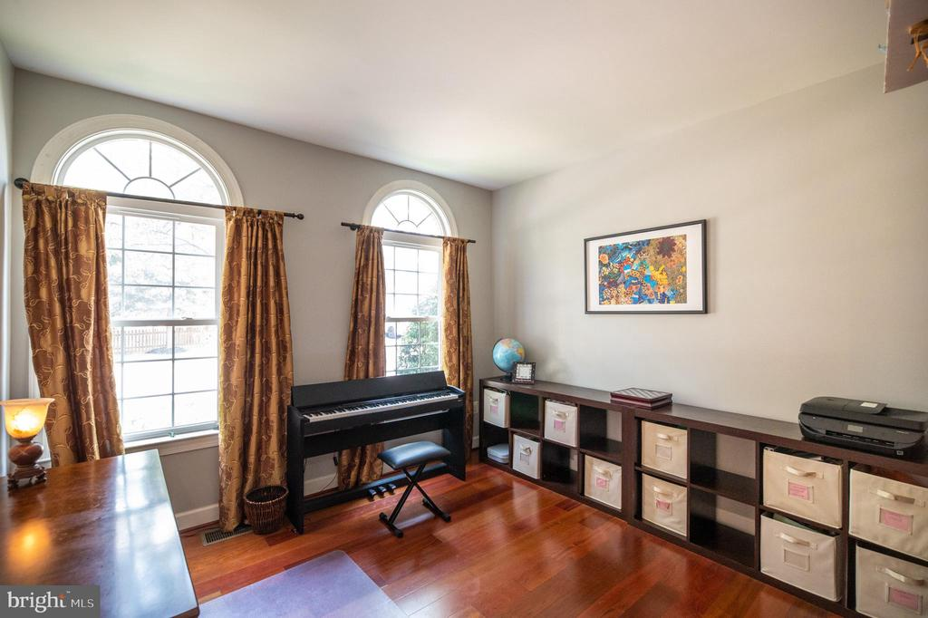 Library by the Foyer with Large Closet - 23084 PECOS LN, BRAMBLETON