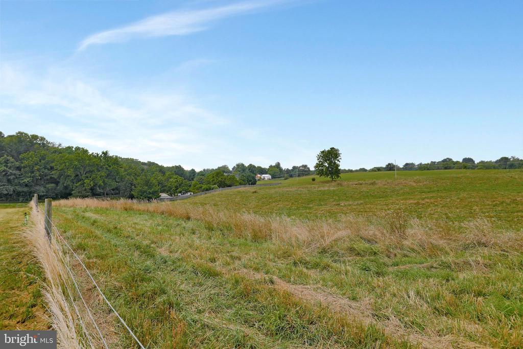 Electric fencing around the 18+ acres. - 857 MT HAMMOND, CHARLES TOWN