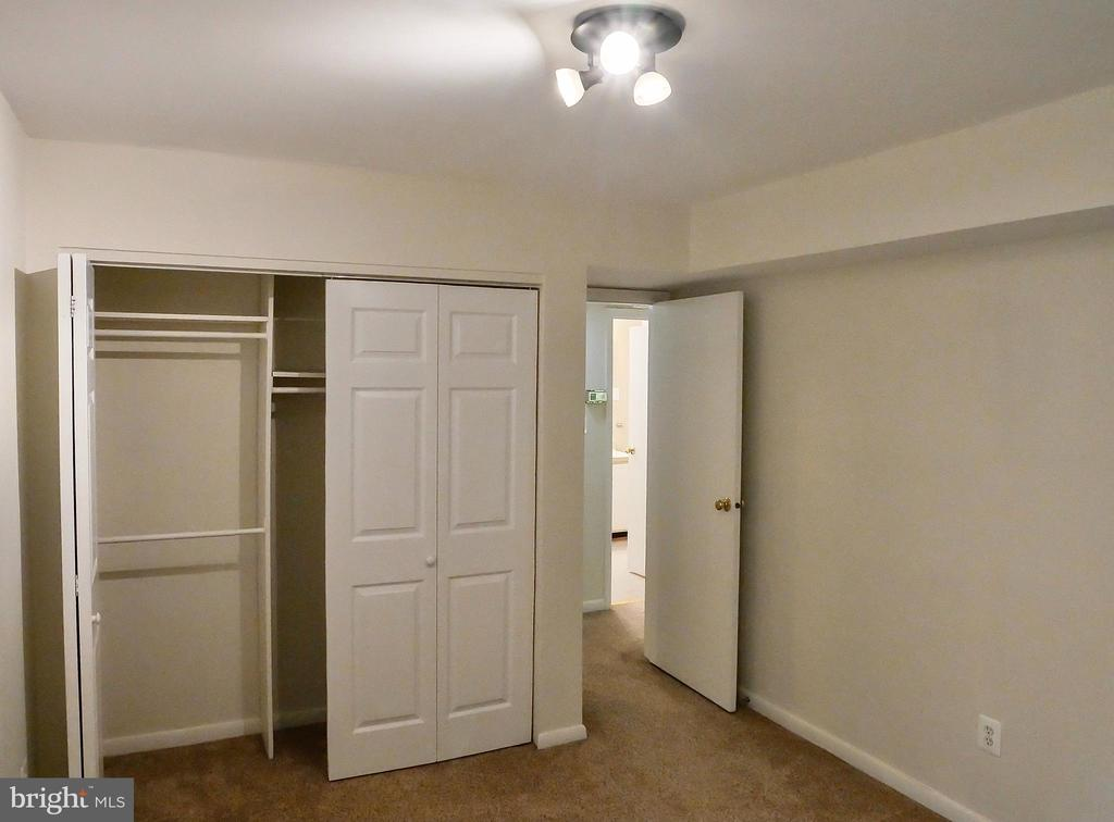 Guest bedroom - 5761 REXFORD CT #S, SPRINGFIELD
