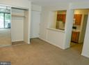 Entry, lg. coat closet w/ mirrored sliding doors - 5761 REXFORD CT #S, SPRINGFIELD