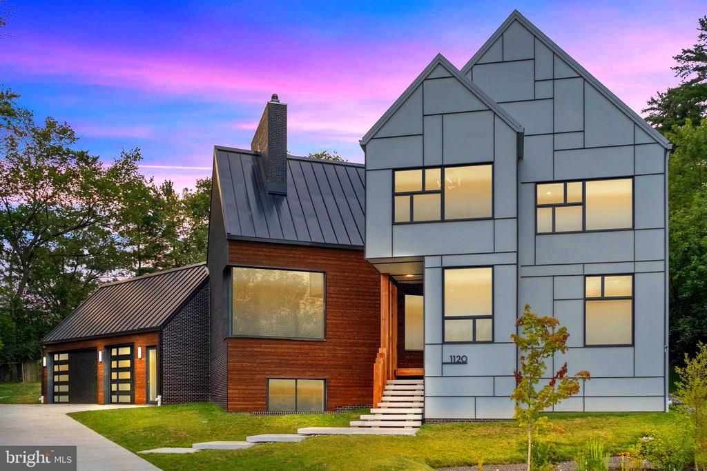 Street view, Contemporary European Home - 1120 GUILFORD CT, MCLEAN