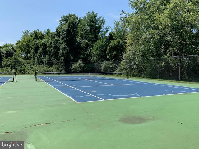 Two Courts and Basketball - 11902 HOLLY SPRING DR, GREAT FALLS