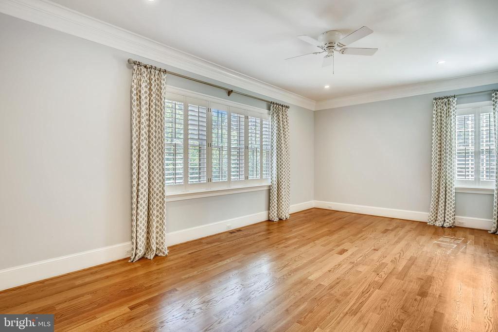Main level bedroom - 3038 N PEARY ST, ARLINGTON