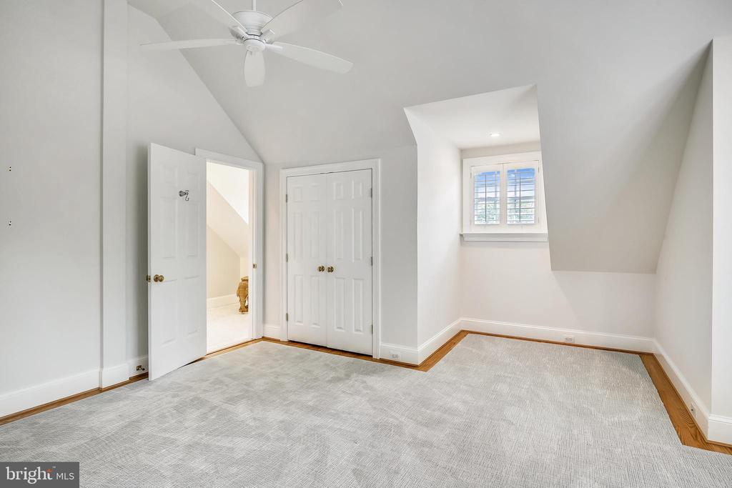 2nd level bedroom - 3038 N PEARY ST, ARLINGTON