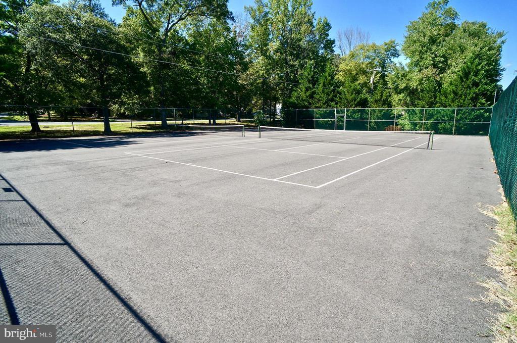 Tennis - 1122 SPAIN DR, STAFFORD