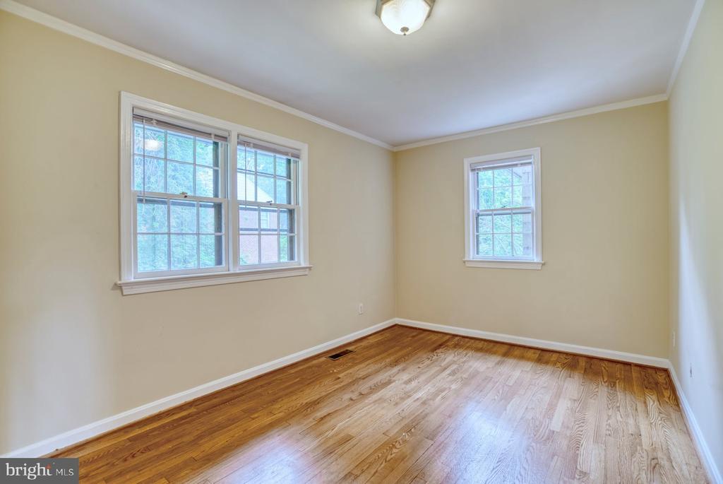 4th bedroom - 9900 MOSBY RD, FAIRFAX