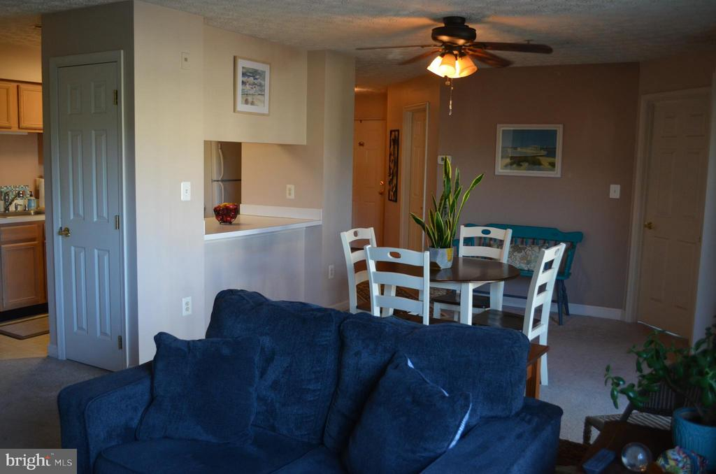 Great layout! - 6505 SPRINGWATER CT #7401, FREDERICK