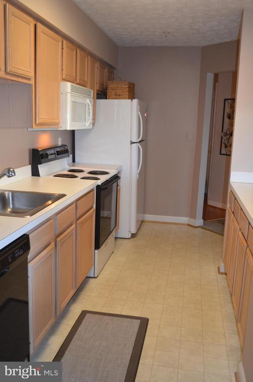 Kitchen - 6505 SPRINGWATER CT #7401, FREDERICK