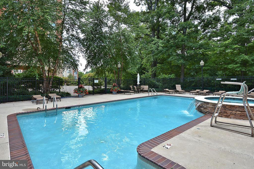 Pool - 11776 STRATFORD HOUSE PL #407, RESTON