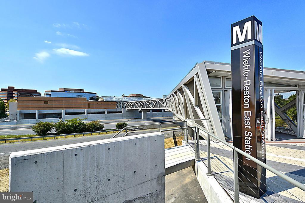 Silver Line Metro - 11776 STRATFORD HOUSE PL #407, RESTON