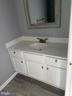 Half bath - 108 HAMILTON RD, STERLING
