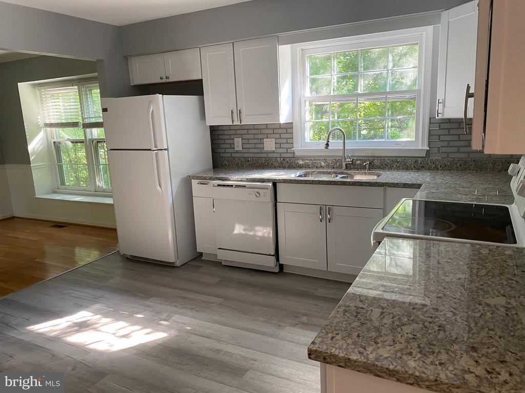Kitchen - 108 HAMILTON RD, STERLING