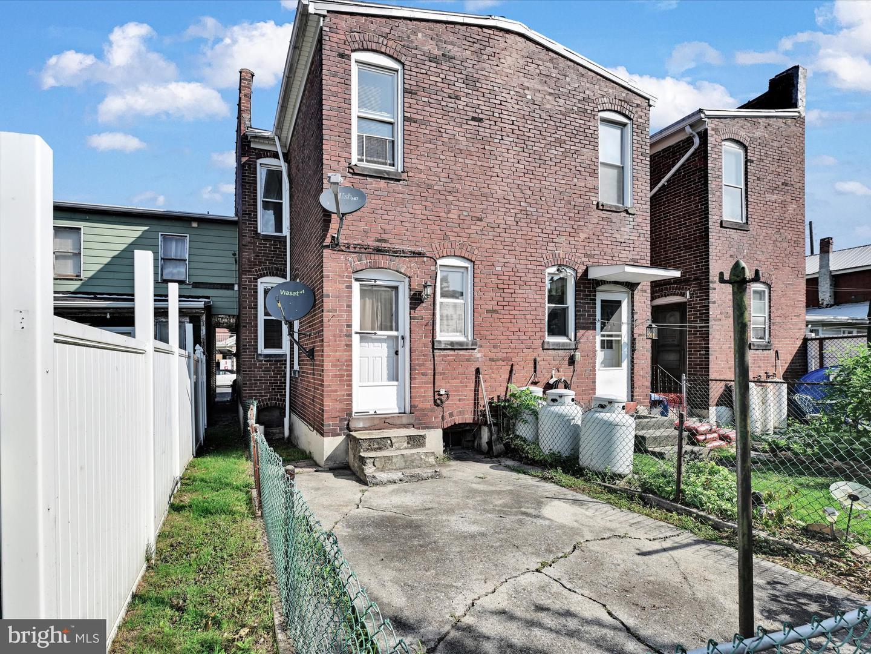 6 E Lawton Street , SAINT CLAIR, Pennsylvania image 20