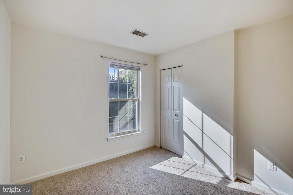 2nd bedroom - 5970 EDGEHILL CT, ALEXANDRIA