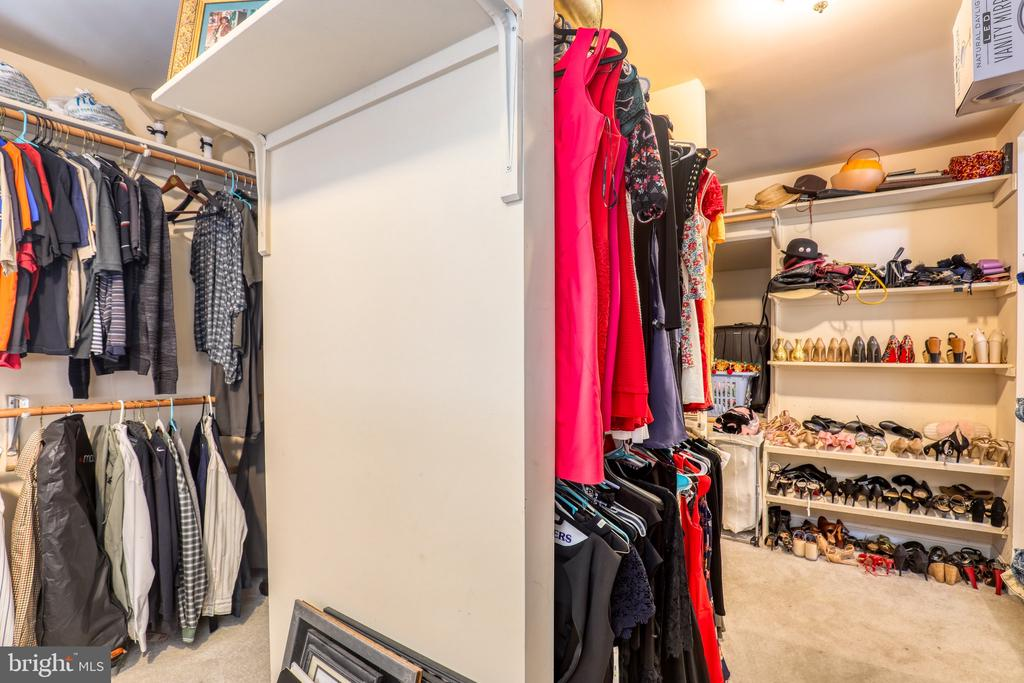 Main Level Master Bedroom Closet - 1035 HETH PL, WINCHESTER