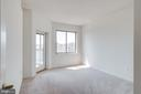 Second bedroom has access to the sunroom - 19365 CYPRESS RIDGE TER #816, LEESBURG