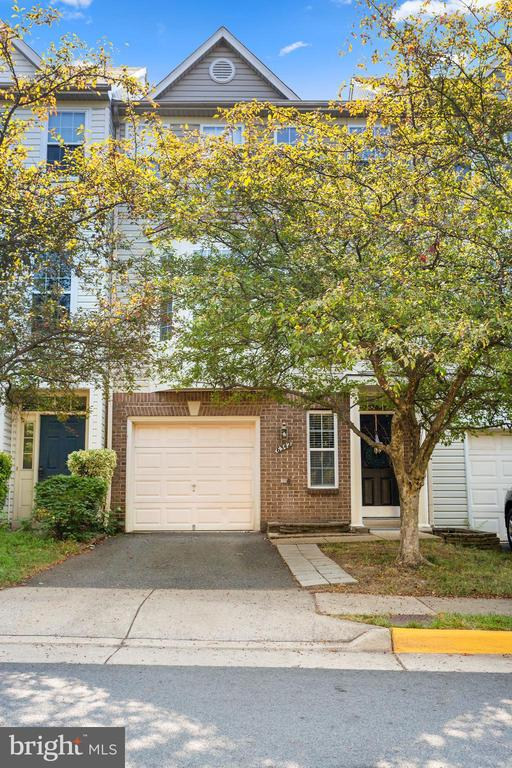 Welcome Home! - 6342 JAMES HARRIS WAY, CENTREVILLE