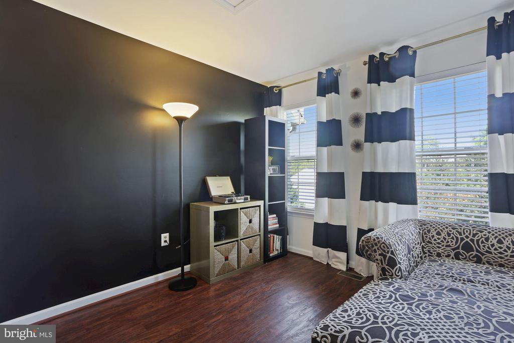 Bedroom #3 - Accent Wall & Wide Plank Flooring! - 6342 JAMES HARRIS WAY, CENTREVILLE