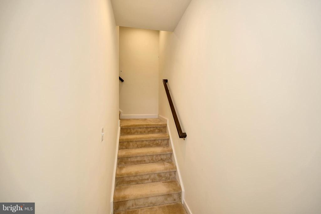 Let's head to the upper levels - 114 THRESHER LN #18, STAFFORD
