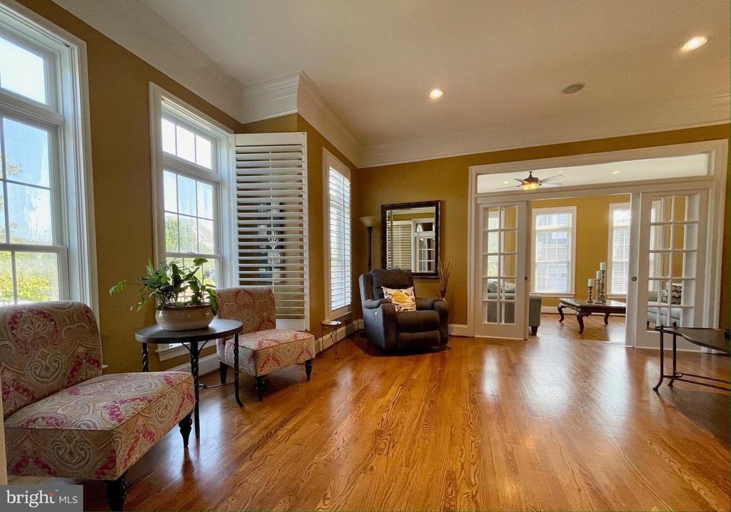 Living Room - 16344 LIMESTONE CT, LEESBURG
