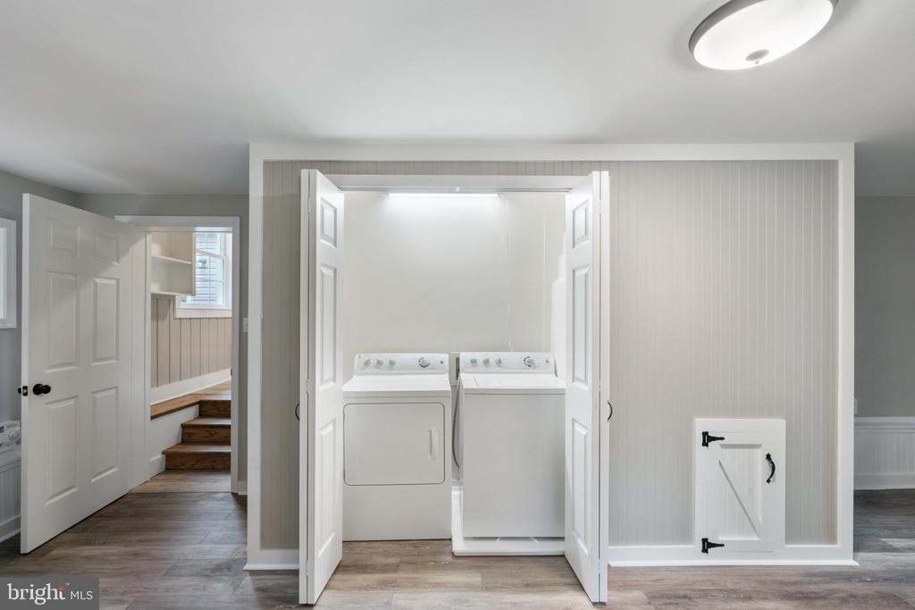 Family Room - 118 GARR, CULPEPER