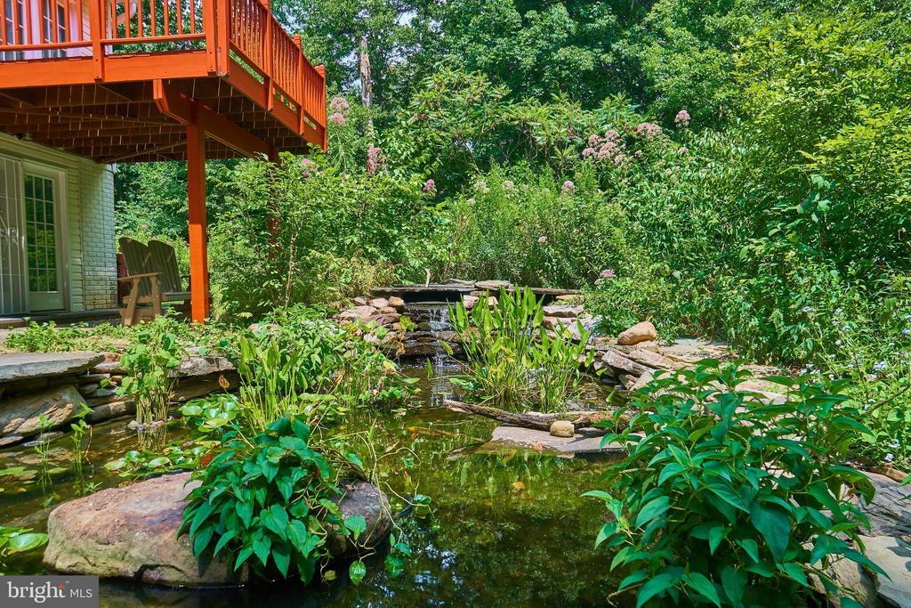 Koi Pond with two waterfalls - 619 BRECKENRIDGE WAY, SHENANDOAH JUNCTION