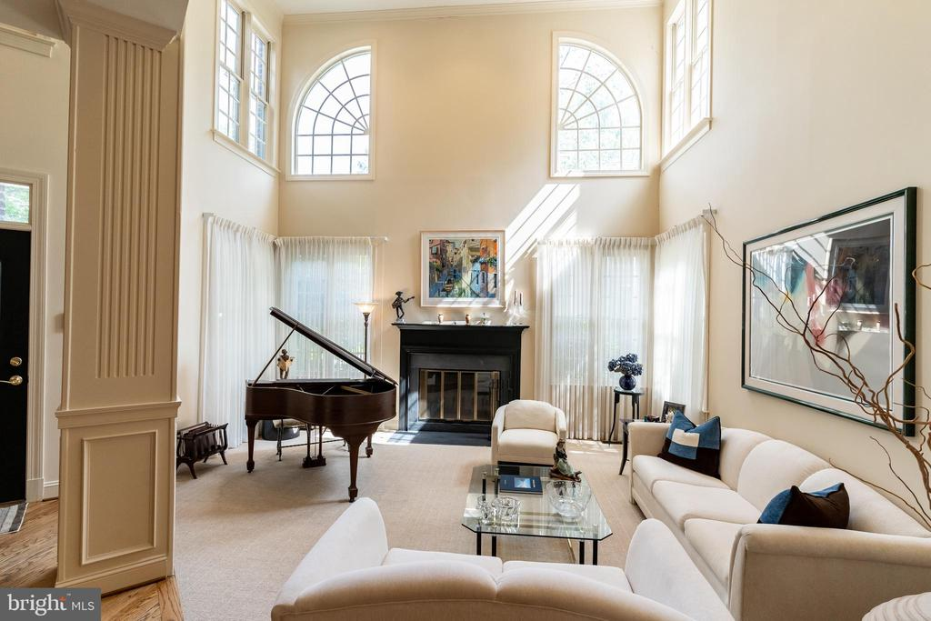 Formal Living Room w/ 2-Story Cathedral Ceiling - 7804 ORCHARD GATE CT, BETHESDA