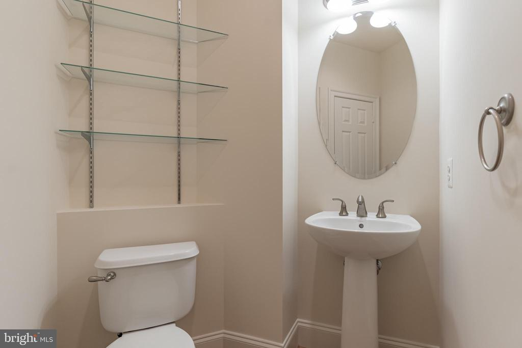 Main level Powder Room - 3336 DONDIS CREEK DR, TRIANGLE