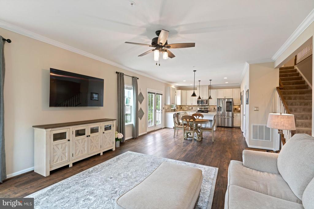 Totally open concept - 2300 HARMSWORTH DR, DUMFRIES