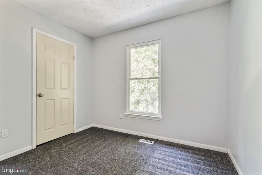 Bedroom 2 - 3008 MEDITERRANEAN DR, STAFFORD