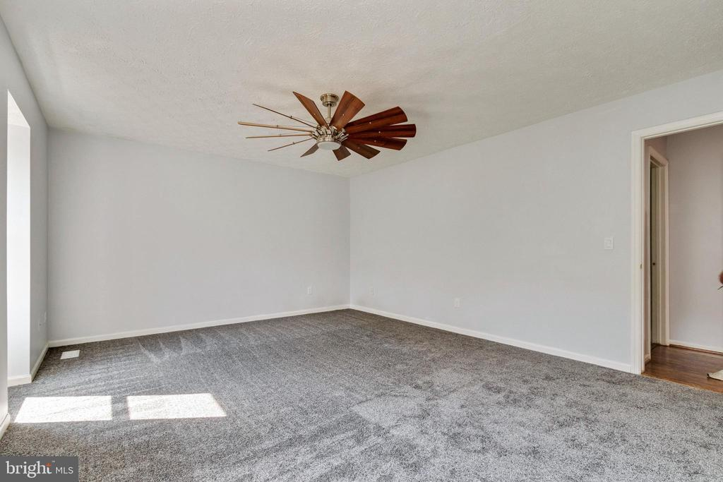 Main Bedroom - 3008 MEDITERRANEAN DR, STAFFORD