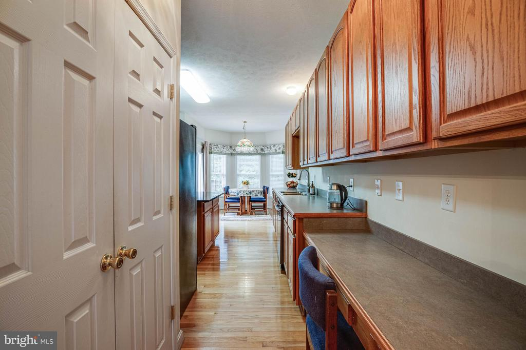 Pantry and desk space in the kitchen too ! - 8300 MUSKET RIDGE LN, FREDERICKSBURG
