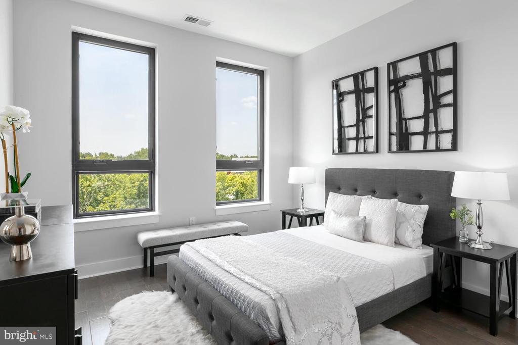 Secondary Bedroom wit great views - 44691 WELLFLEET DR #208, ASHBURN