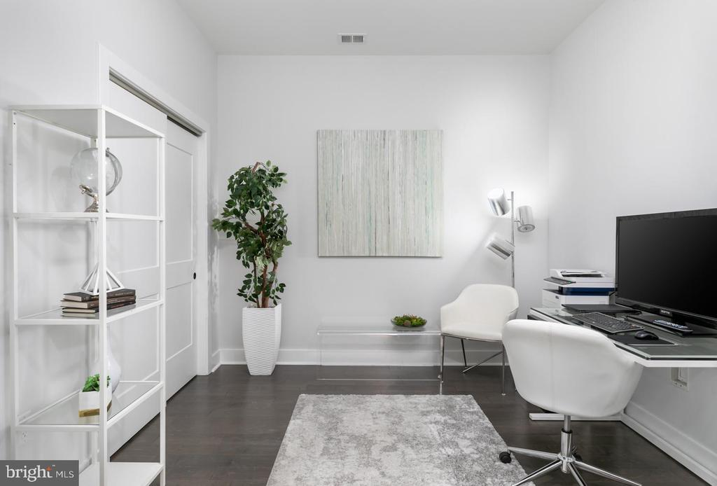 Plenty of space for the Home Office - 44691 WELLFLEET DR #208, ASHBURN