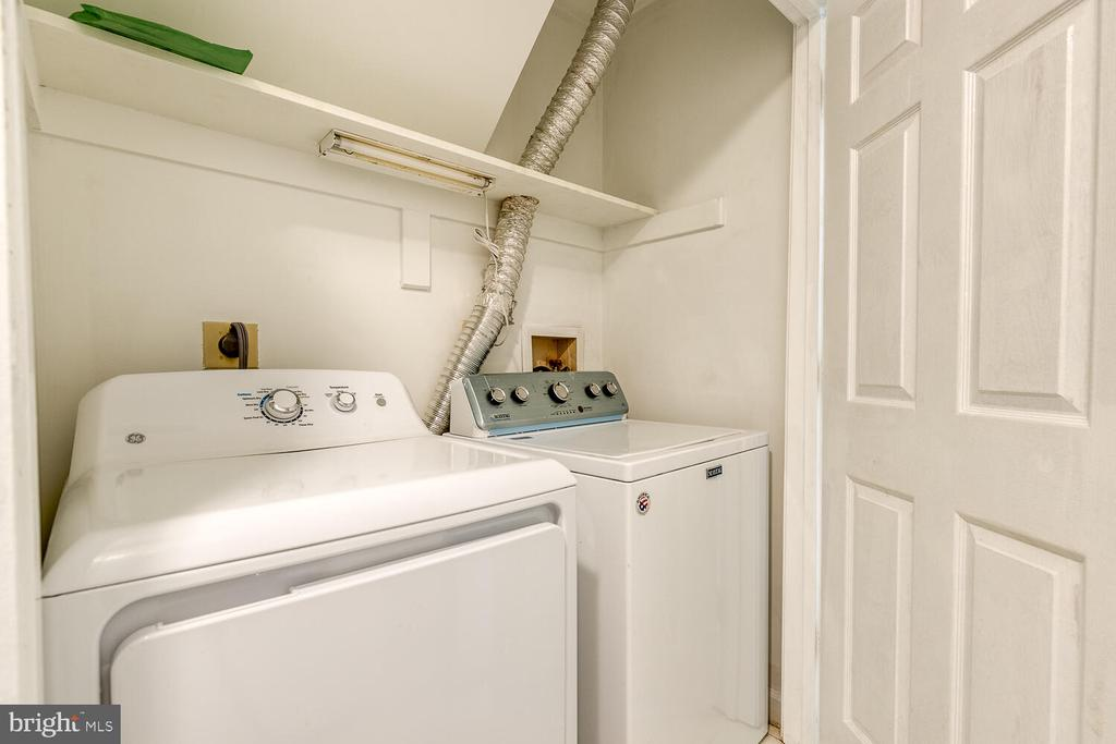 Basement laundry - 12659 WIMBLEY LN, WOODBRIDGE