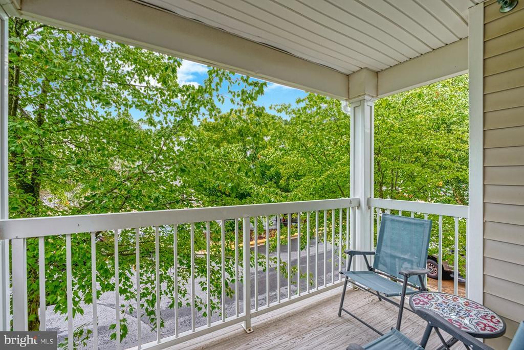 washCovered balcony - 12801 FAIR BRIAR LN #12801, FAIRFAX
