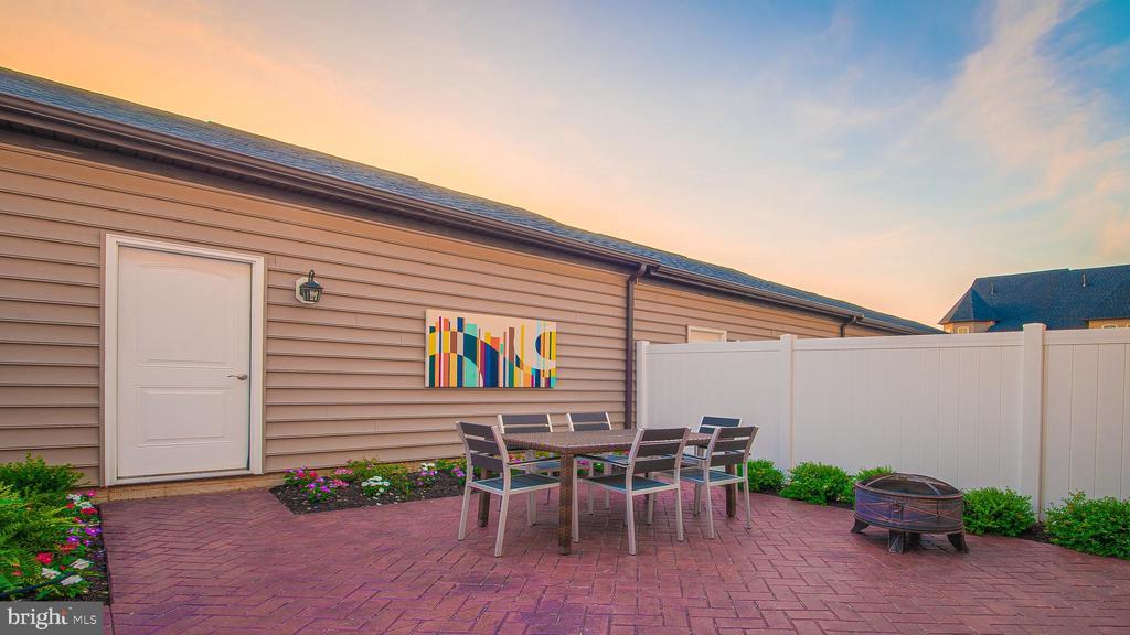 Detached 2-Car Garage w/ Backyard (patio optional) - 937 HOLDEN ROAD RD, FREDERICK