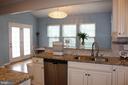 Kitchen view into the sun room - 17105 SEA SKIFF WAY, DUMFRIES