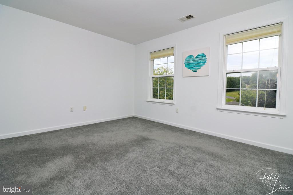 Bedroom with Attached Bath - 26 STONEWAY CT, CHARLES TOWN